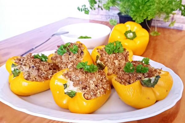 Papriky plněné kuskusem