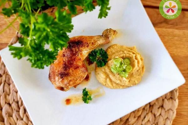 Pečená kuřecí stehna s cizrnovou kaší